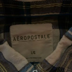 Aeropostale Shirts - Aeropostale's button up short sleeve